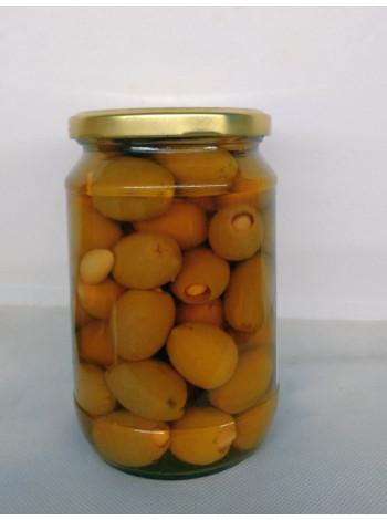 Оливка зеленая, фаршированная миндалем, размер S.Colossal 111-120 шт на кг, стекло, вес 0,720 кг