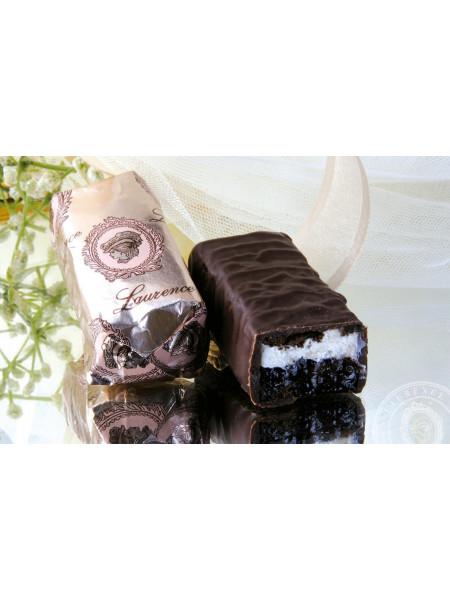 Конфета Блeк Форест Дикая Вишня черный шоколад Laurence