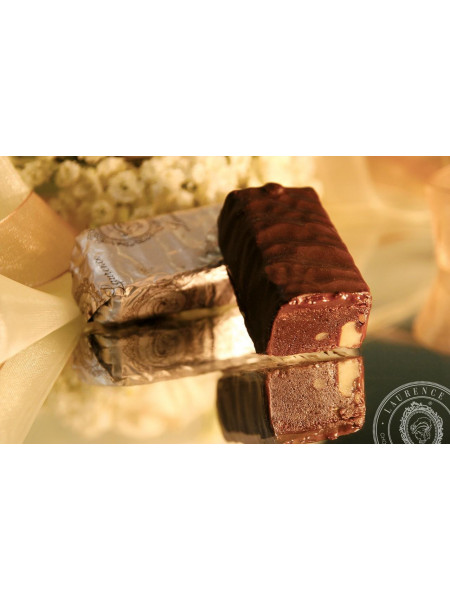 Конфета Брауни черный шоколад Laurence