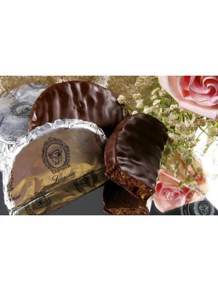 Конфета Кариокаки черный шоколад Laurence