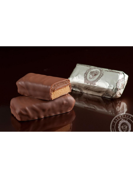 Конфета Фисташковое Масло молочный шоколад Laurence
