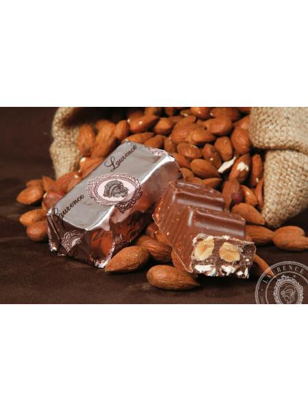 Конфета молочный шоколад Монако Laurence